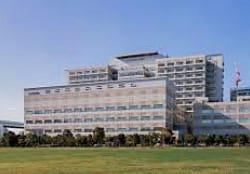 東京都健康長寿医療センター(板橋区)の外観